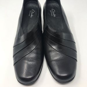 Classic Clark's Artisan Leather shoes Gently used
